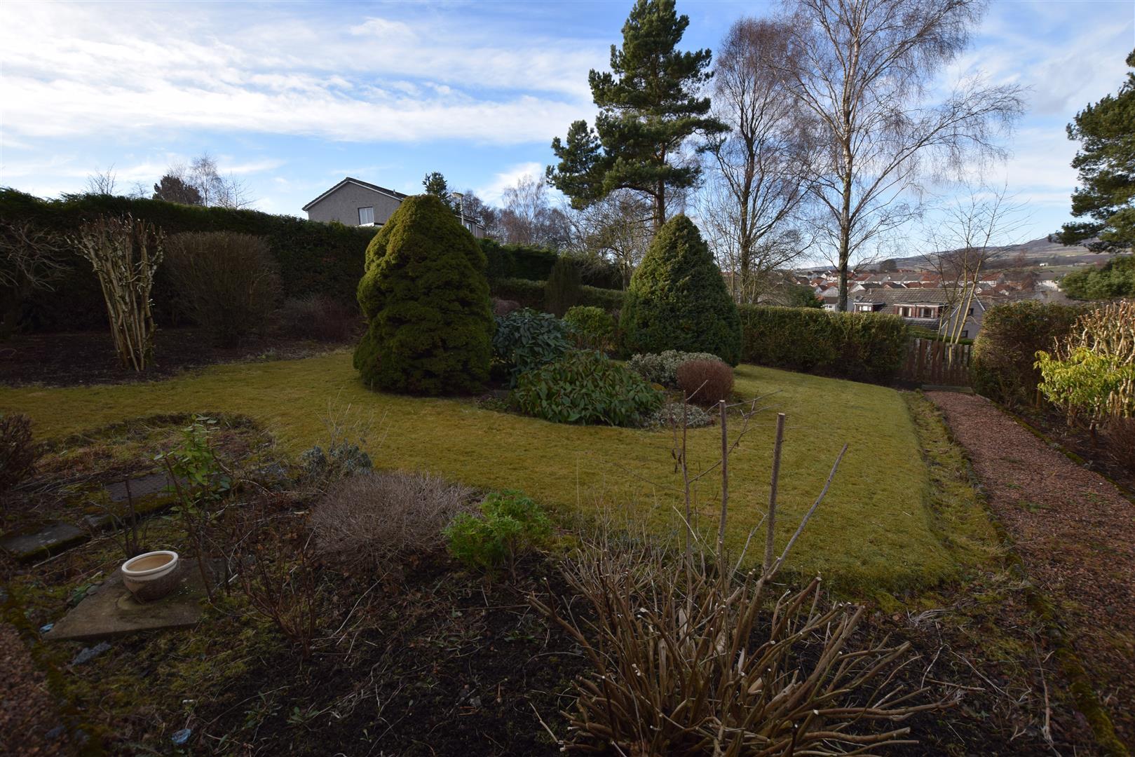 11, Kinnettles Terrace, Dundee, Angus, DD3 9RH, UK